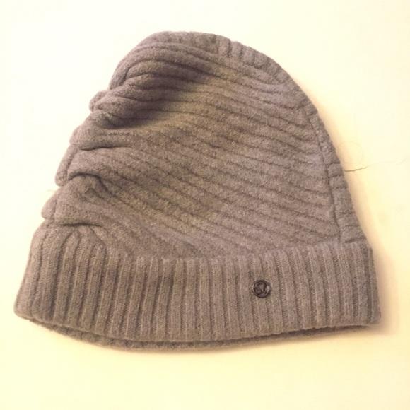 48847f972b6 lululemon athletica Accessories - Lululemon Athletica Merino Wool Beanie Hat